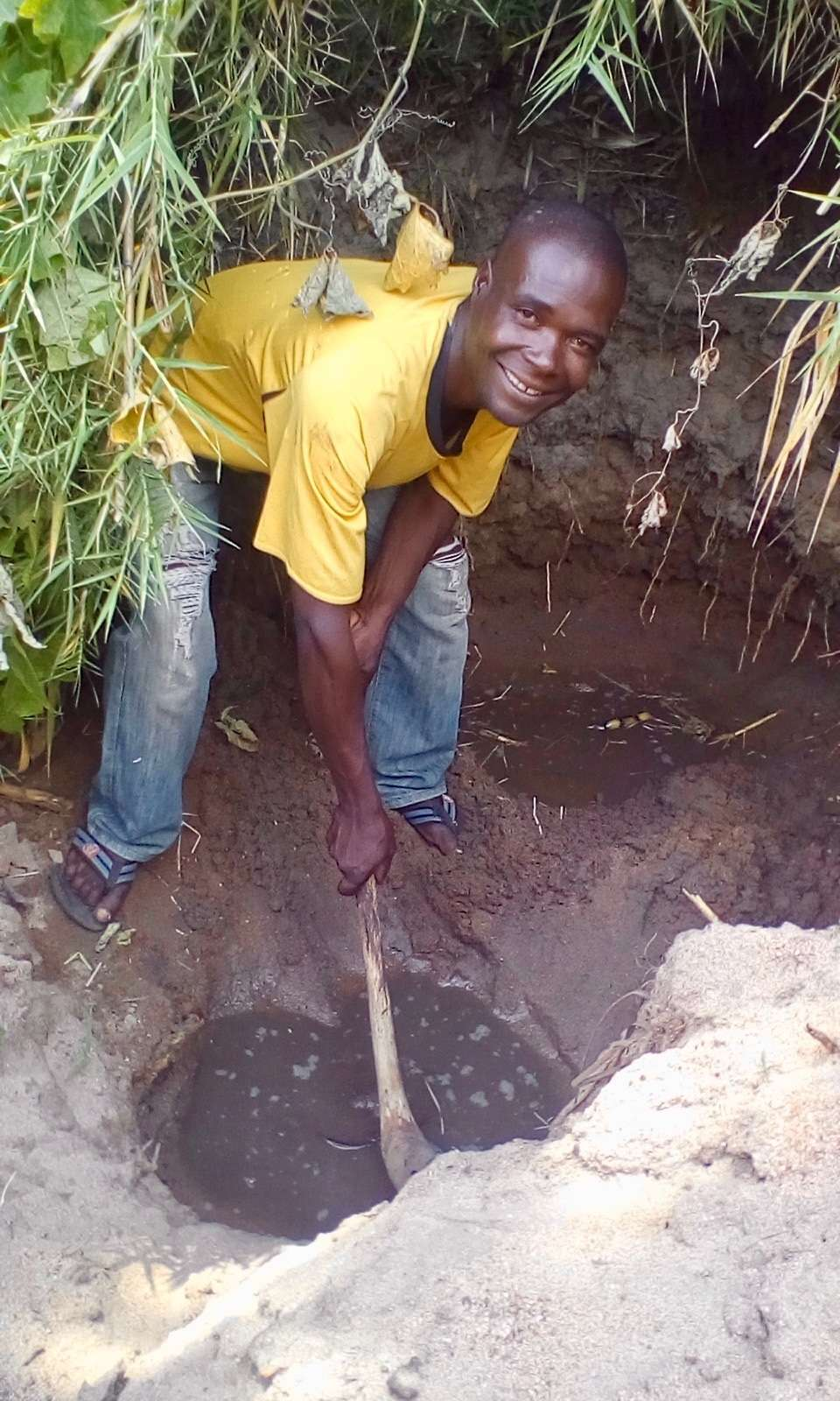 2018-014-A02 Image 2 Digging A Shallow Well