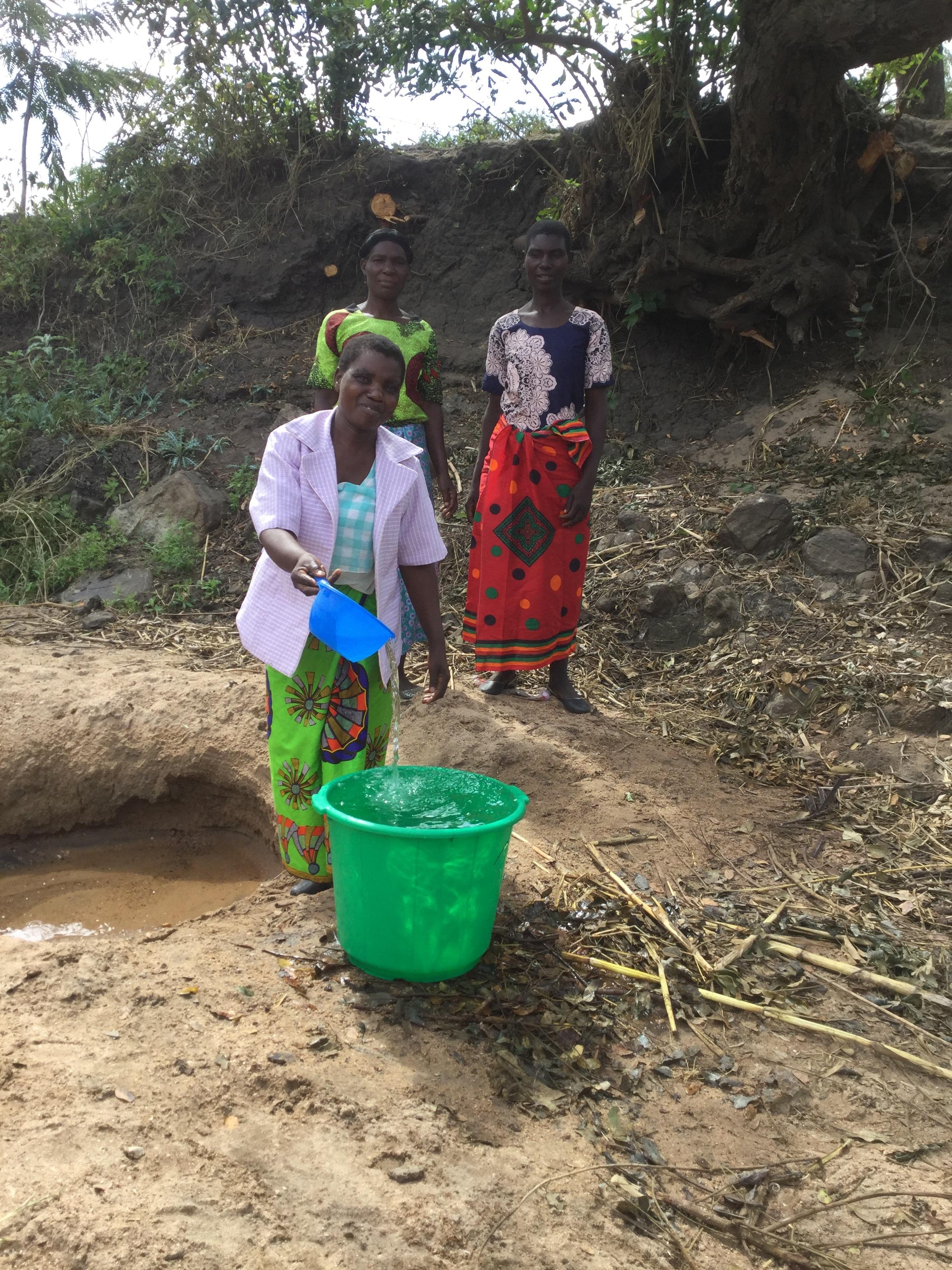 Image 1 Women at Water Source