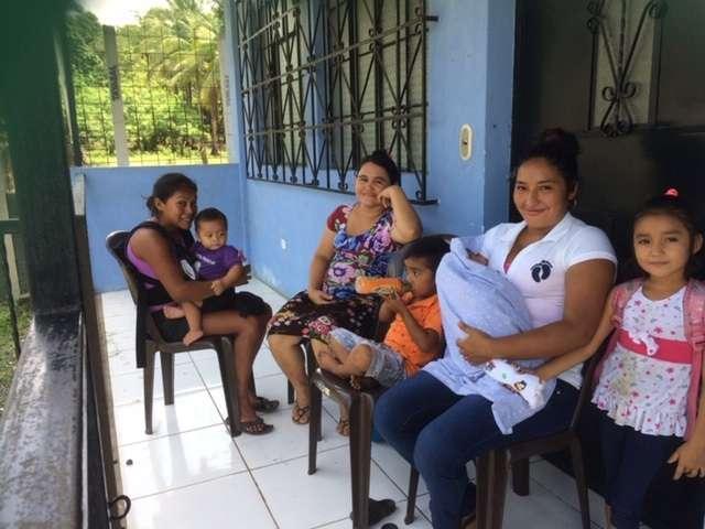 Image 10 Women at Birthing Clinic